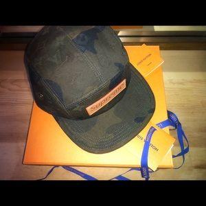 Luis Vuitton x Supreme 5 panel hat